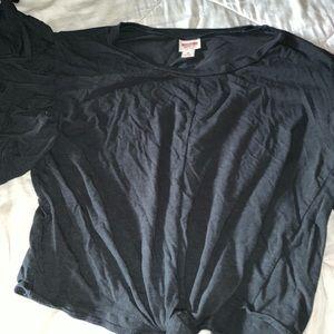 greyish black t-shirt